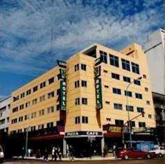 Hotel  Luey.  Avenida Rivadavia 2902, Buenos Aires.